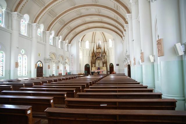 カトリックの葬儀の流れやマナー プロテスタントとの違いは?